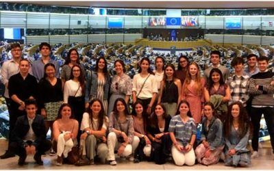 Students from Ayalde and Munabe at the European Parliament
